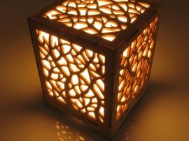 Авторский светильник ночник ручной работы из дерева.